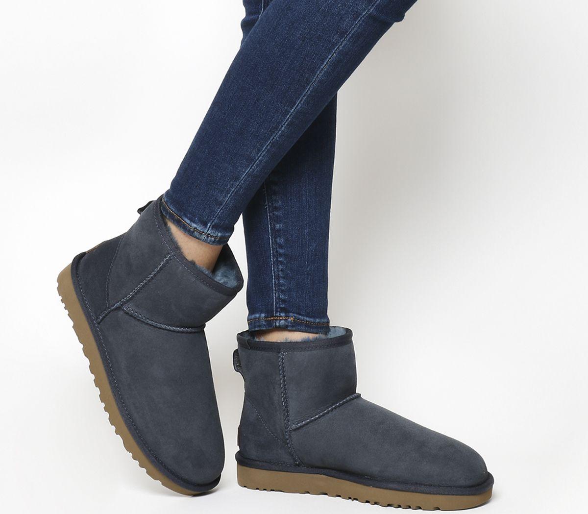 011e389418d Classic Mini II Boots