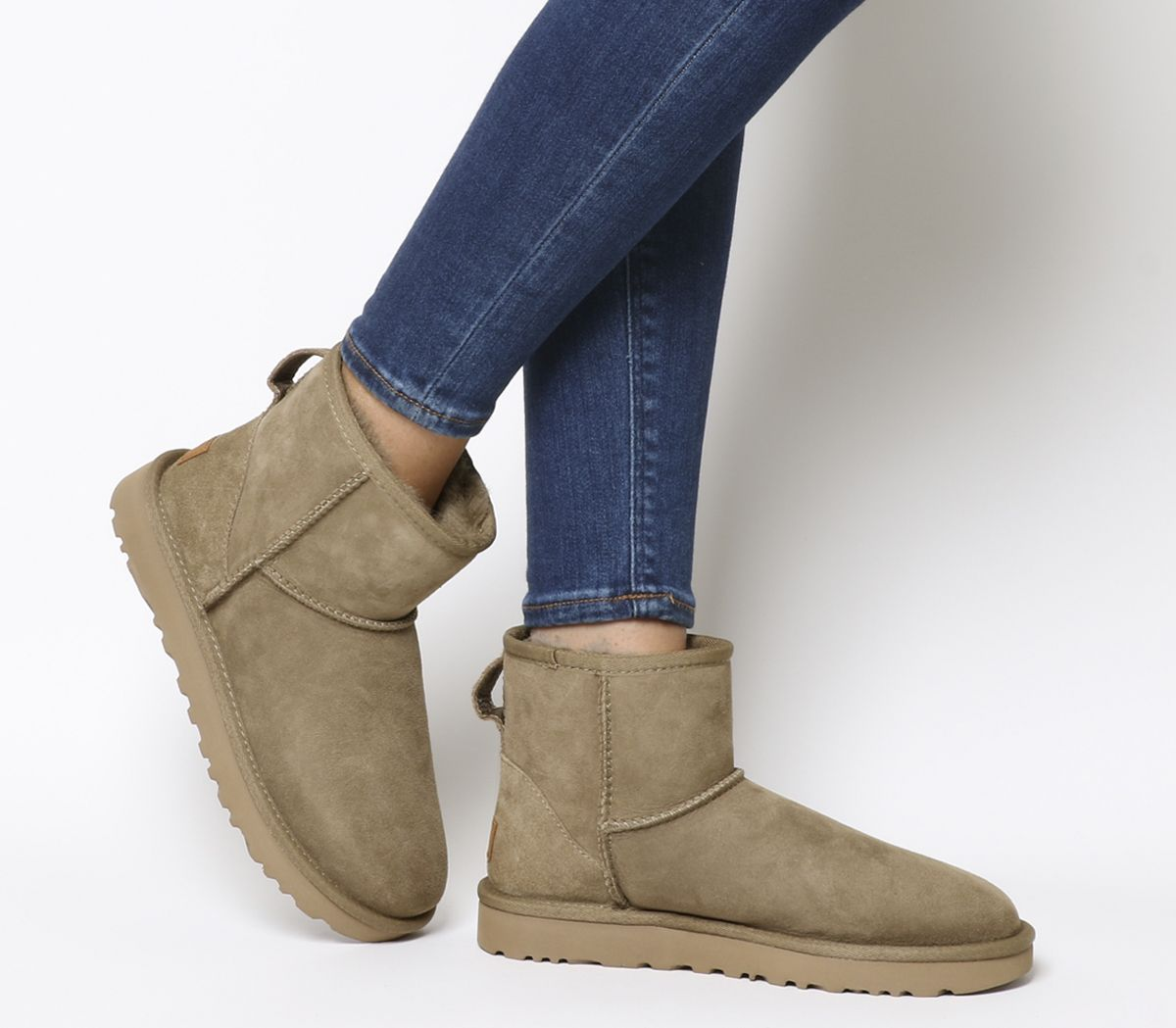 0820431c701 Classic Mini II Boots