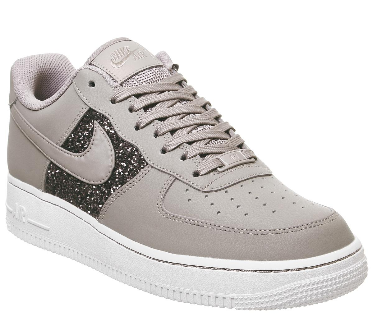 Nike Air Force 1 07 Trainers Smokey Mauve Gum Hers trainers
