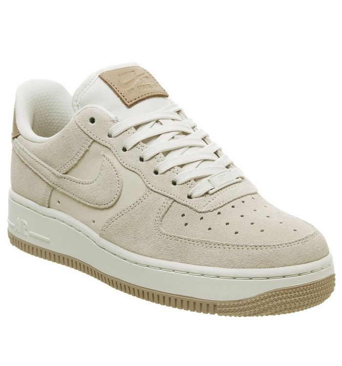 check out bfdb9 b9934 ... Nike, Air Force 1 07 Trainers, Pale Ivory Summit White Vachetta Tan ...