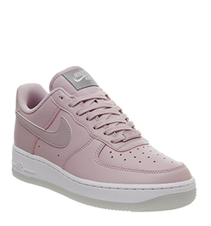 buy popular 9fdea 47875 21-12-2018 · Nike Air Force 1 07 Trainers Plum Chalk White Metallic Luster.  £74.99. Quickbuy. Launching 08-12-2018