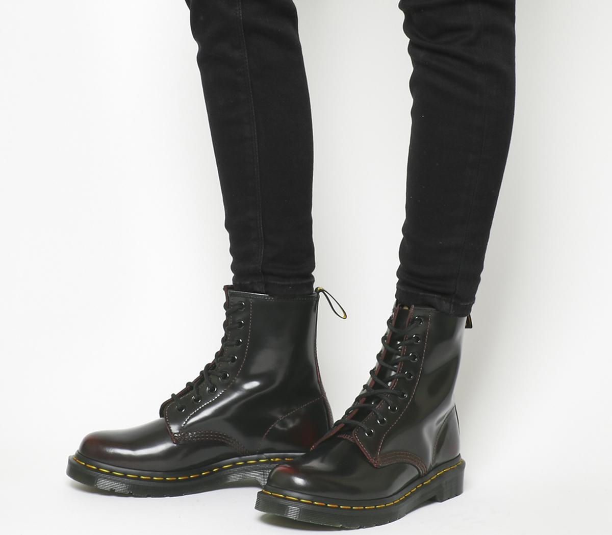 8 Eyelet Lace Up Boots