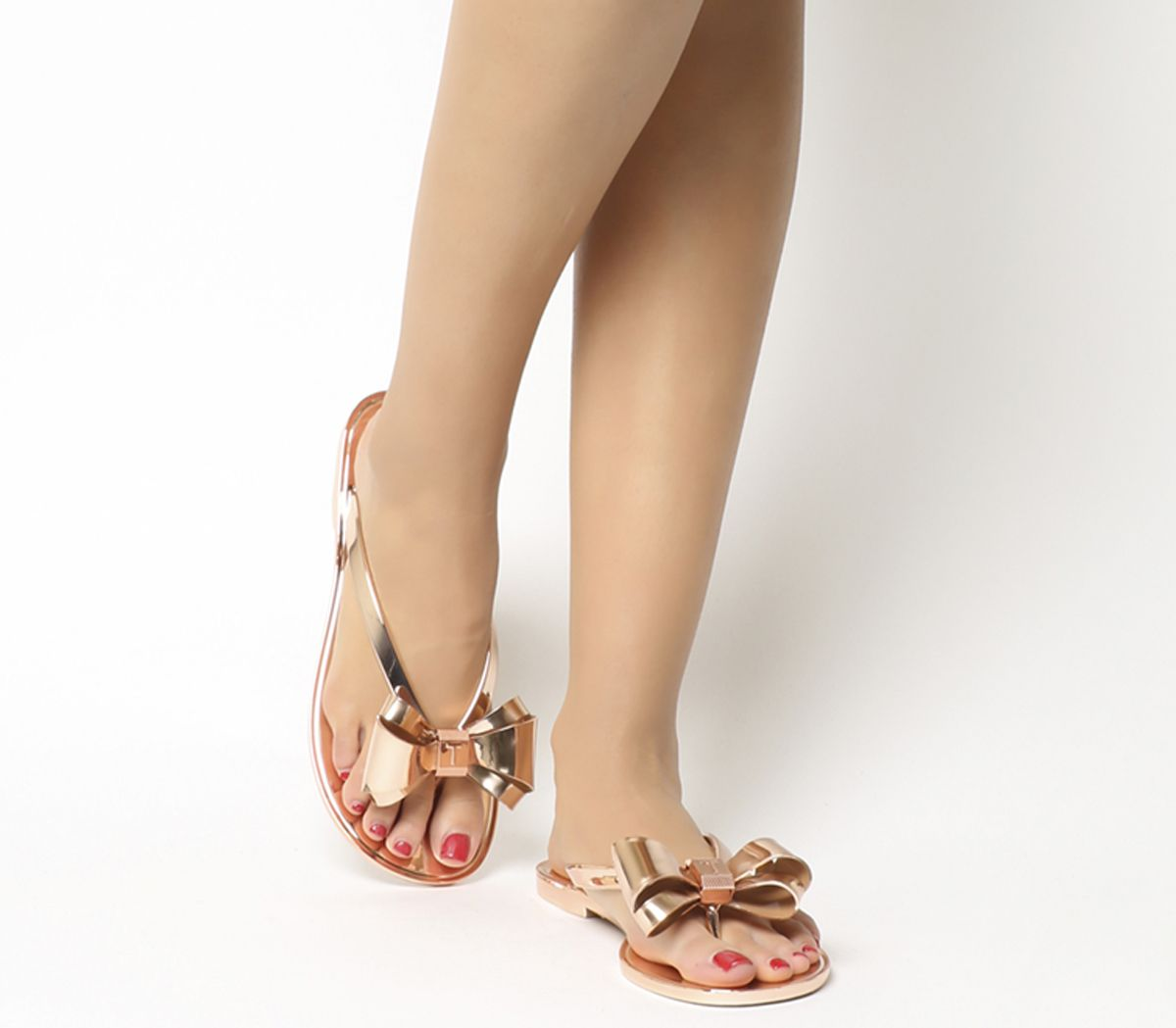4041b05bc Ted Baker Glamaar Flip Flop Rose Gold - Sandals
