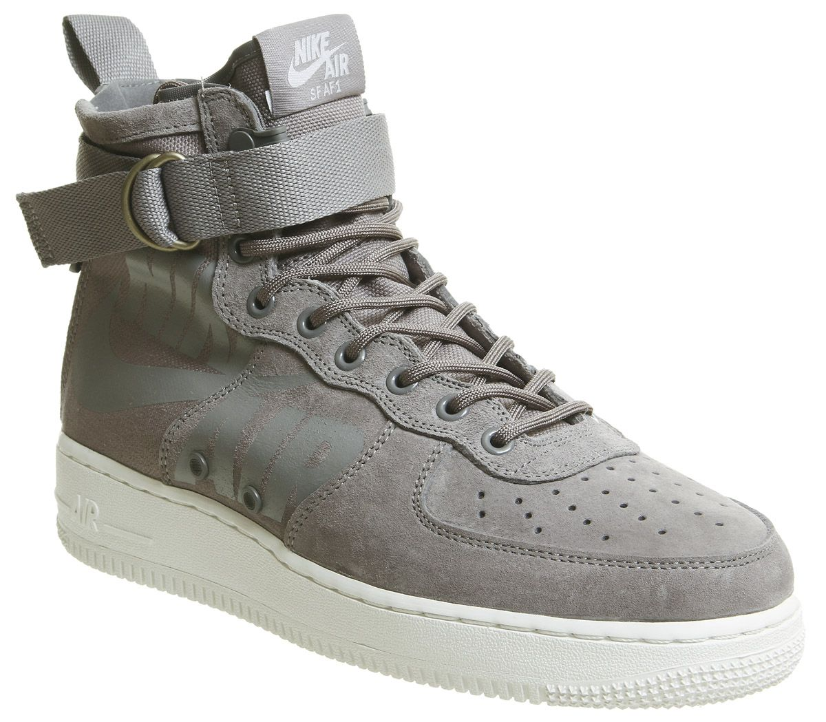 new concept 0bdac 8a33f Sf Af1 Mid 17 Trainers