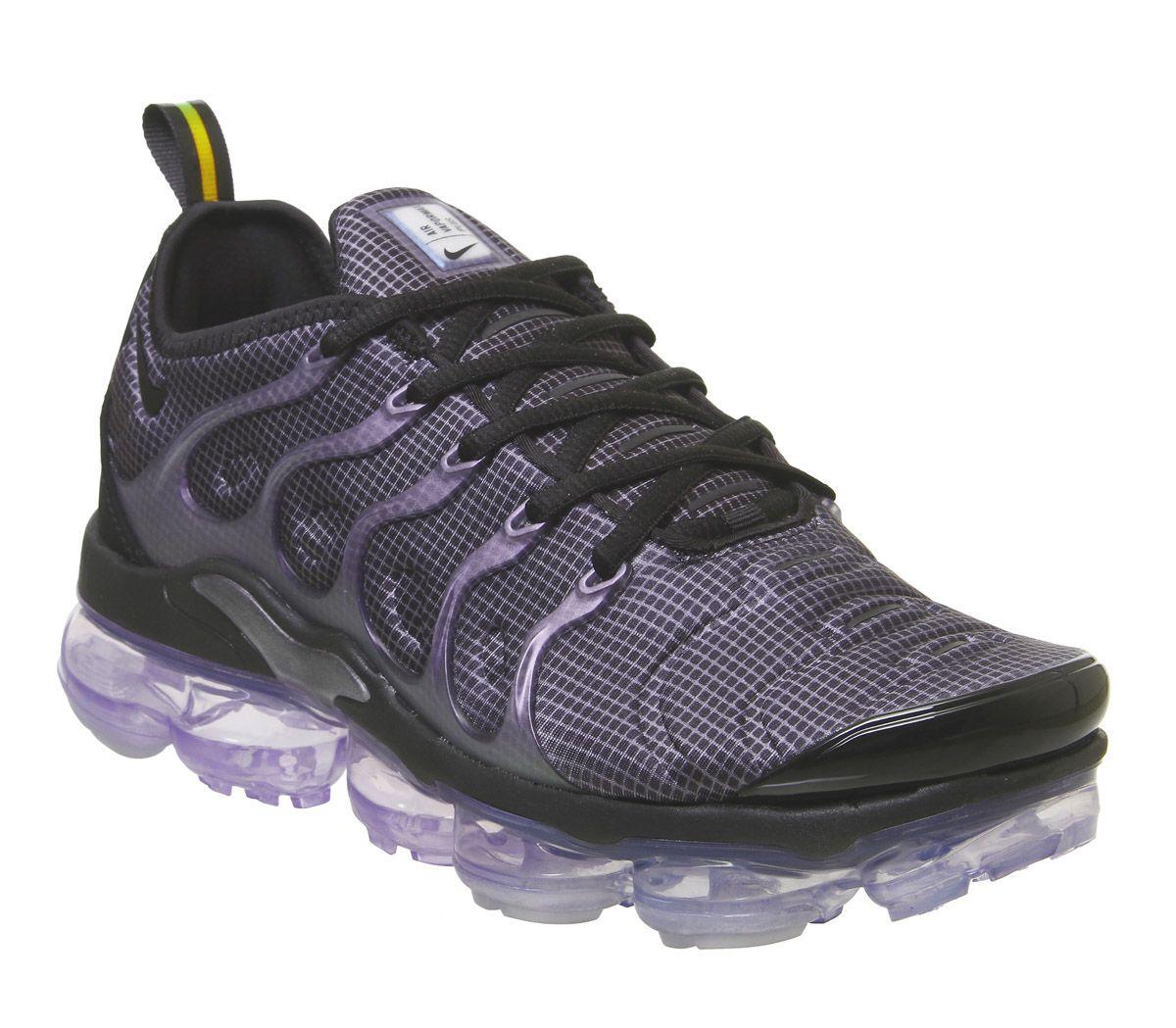 d36f83b183 Nike Vapormax Air Vapormax Plus Trainers Black Black Dark Grey ...