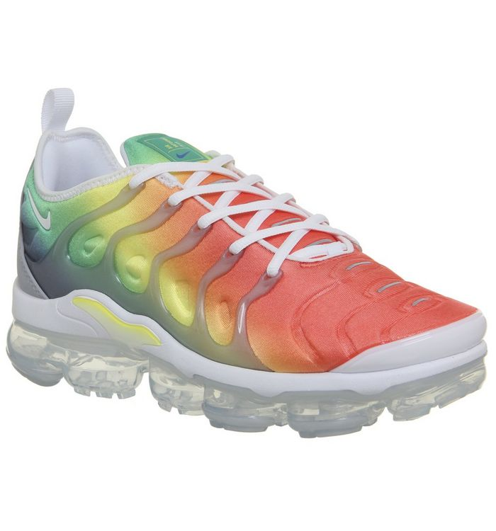 7bf134357b9 Nike Vapormax Air Vapormax Plus Trainers White Neptune Green Dynamic ...