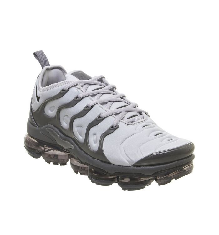 competitive price d7dad f6efd Air Vapormax Plus Trainers