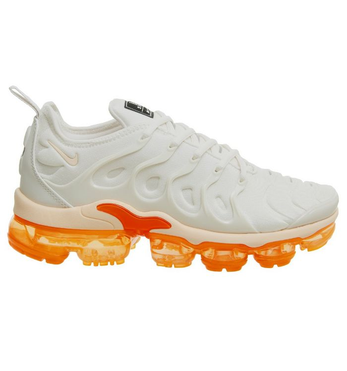 san francisco 6c843 2d57f Nike Air Vapormax Plus Trainers Phantom Crimson Tint F ...