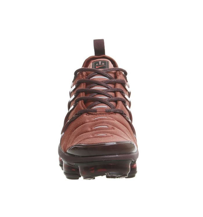 competitive price d7a14 781e1 Air Vapormax Plus Trainers