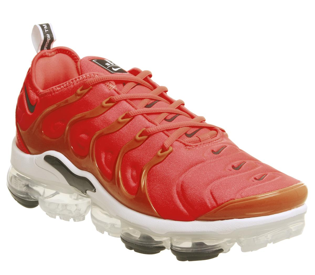 reputable site a2aa1 aceca Nike Vapormax Air Vapormax Plus Trainers Bright Crimson Black White ...