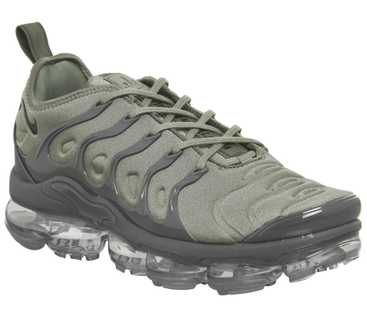 competitive price 2f086 10235 Air Vapormax Plus Trainers