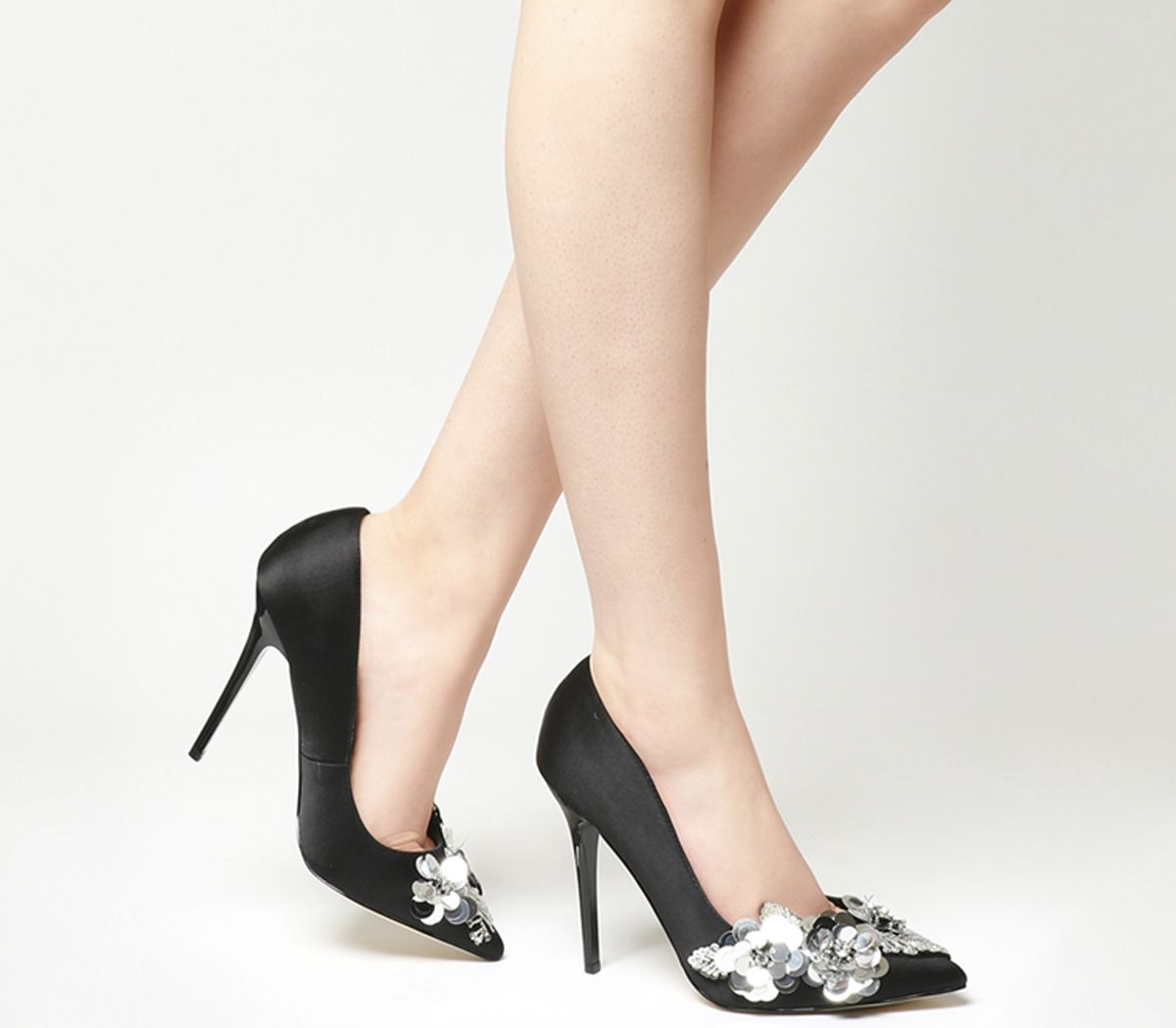 222c0add675 Hot Stuff Trim Detail Court Heels