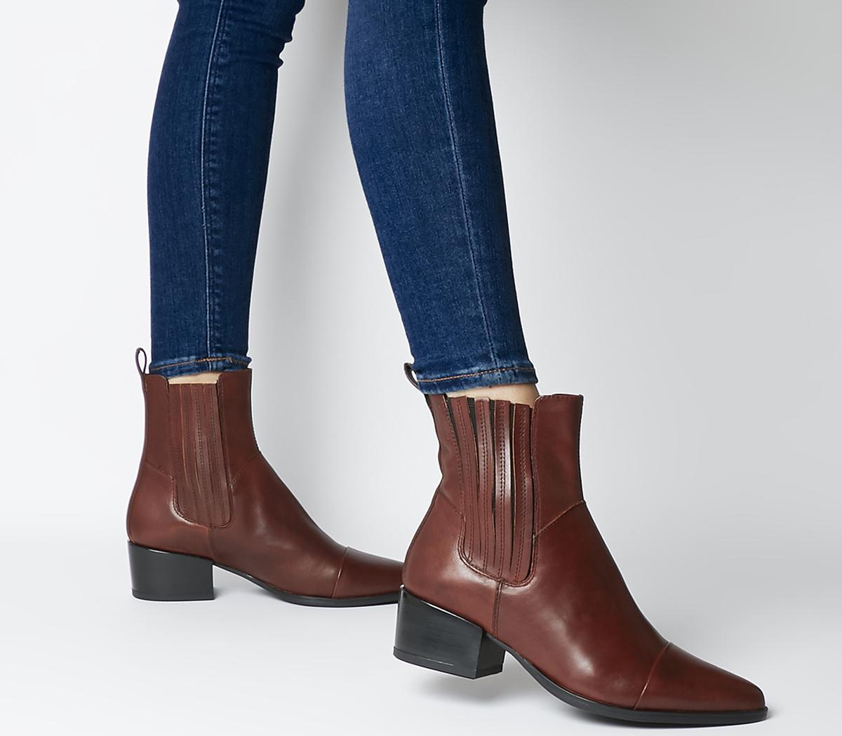 Marja Chelsea Boots