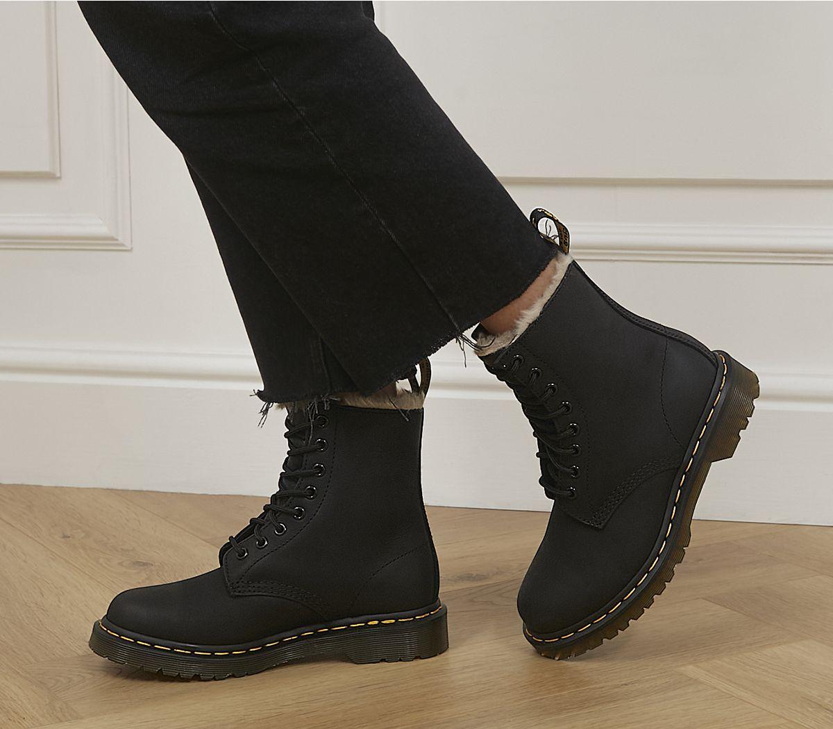46d99391b97 Serena 8 Eyelet Boots