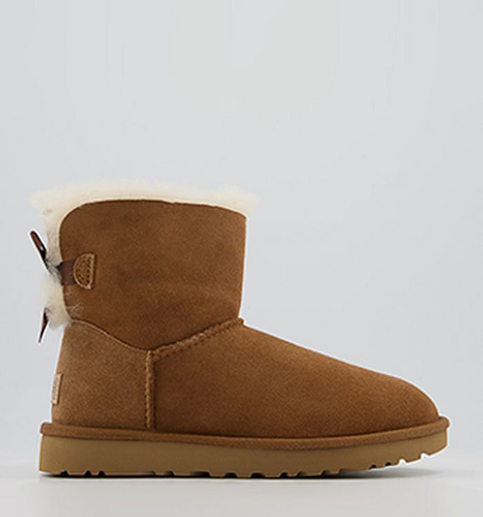 37a33e0fcf91db 29-08-2017 · UGG Mini Bailey Bow Boots Chestnut Suede