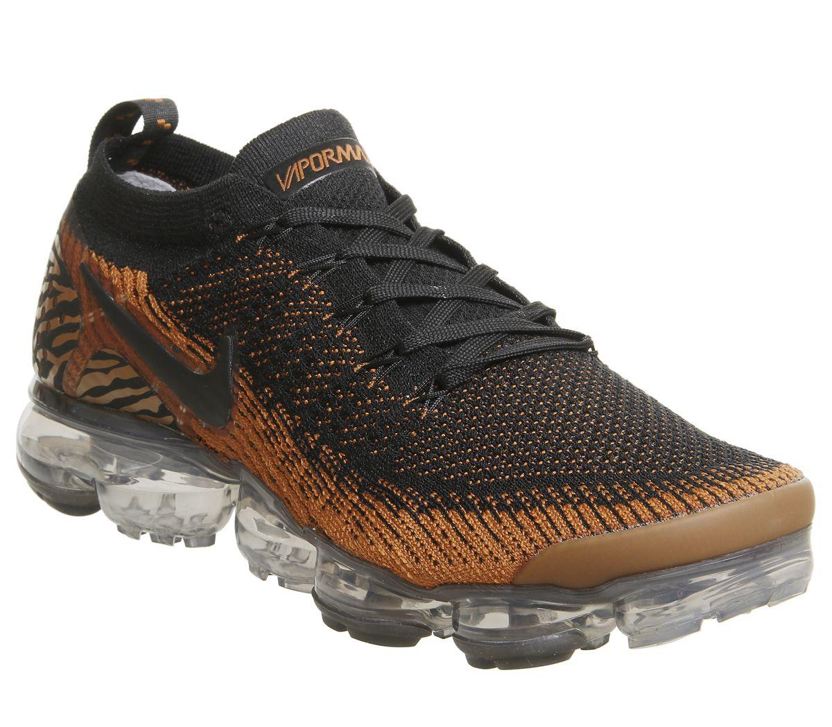 81637fc9ff7 Nike Vapormax Air Vapormax Flyknit 2 Trainers Safari Tiger Club Gold ...
