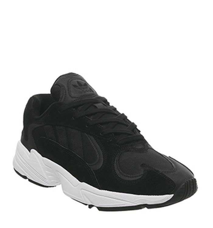 272f150eb Sneakers   Sport Shoes Sale - Get Up to 60% off at OFFSPRING