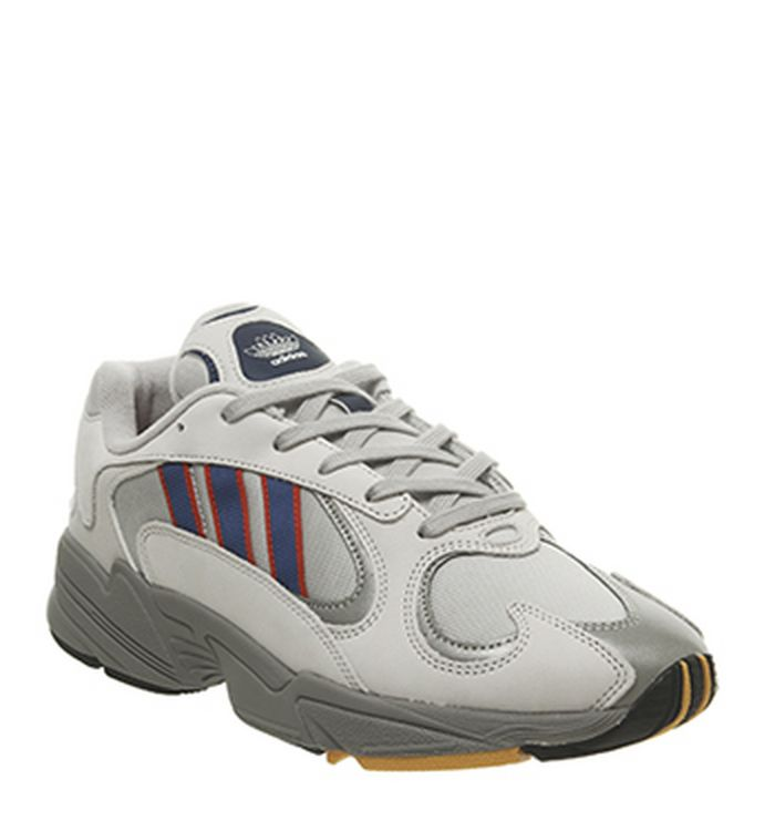 Sneakers   Sport Shoes Sale - Get Up to 60% off at OFFSPRING 4705894d5