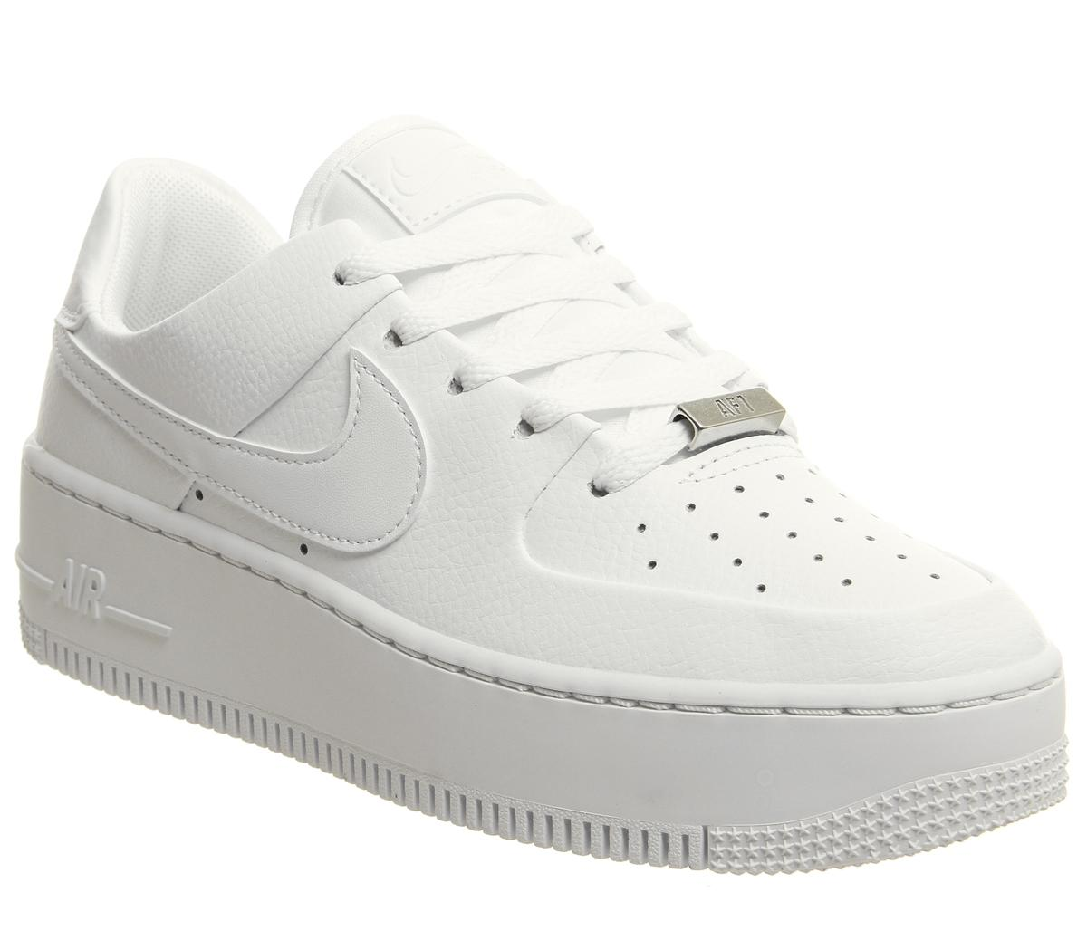 love sneakers nike air force 1 & 39
