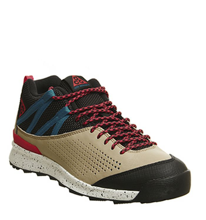 d00d91765 Sneakers   Sport Shoes Sale - Get Up to 60% off at OFFSPRING