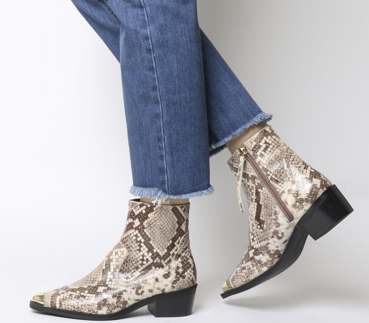 Acoustic Western Boots