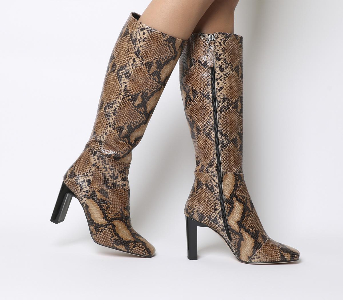 Kobra-set Back Heel Knee Boot