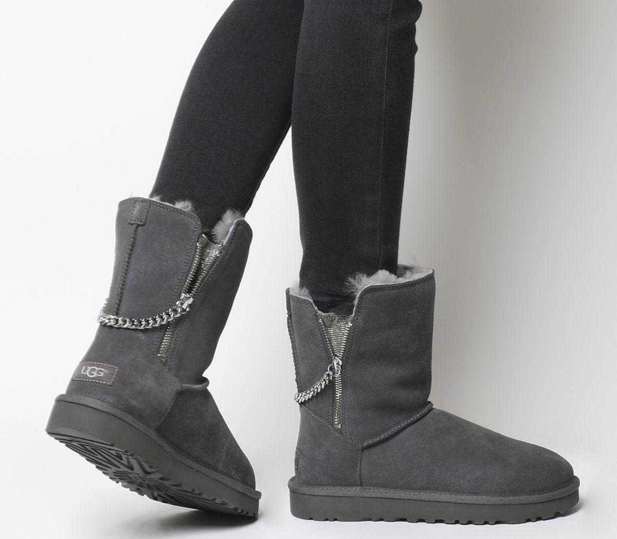 fd8e379c2dc Classic Short Sparkle Zip Exclusive Boots