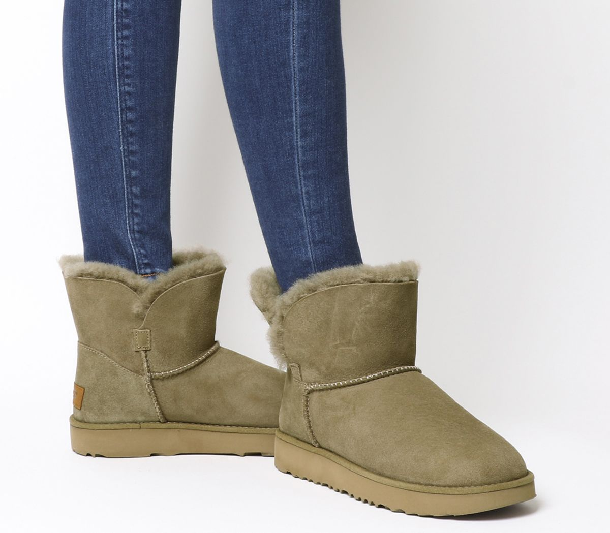 acaf6ff0b71072 UGG Classic Cuff Mini Boots Antilope - Ankle Boots