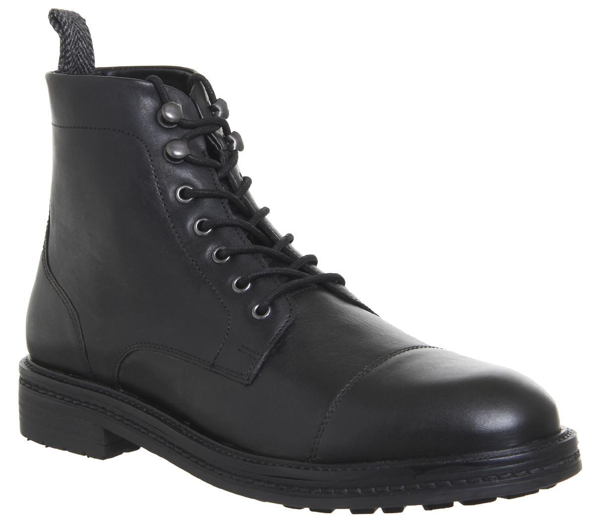 Wolf Toe Cap Boots
