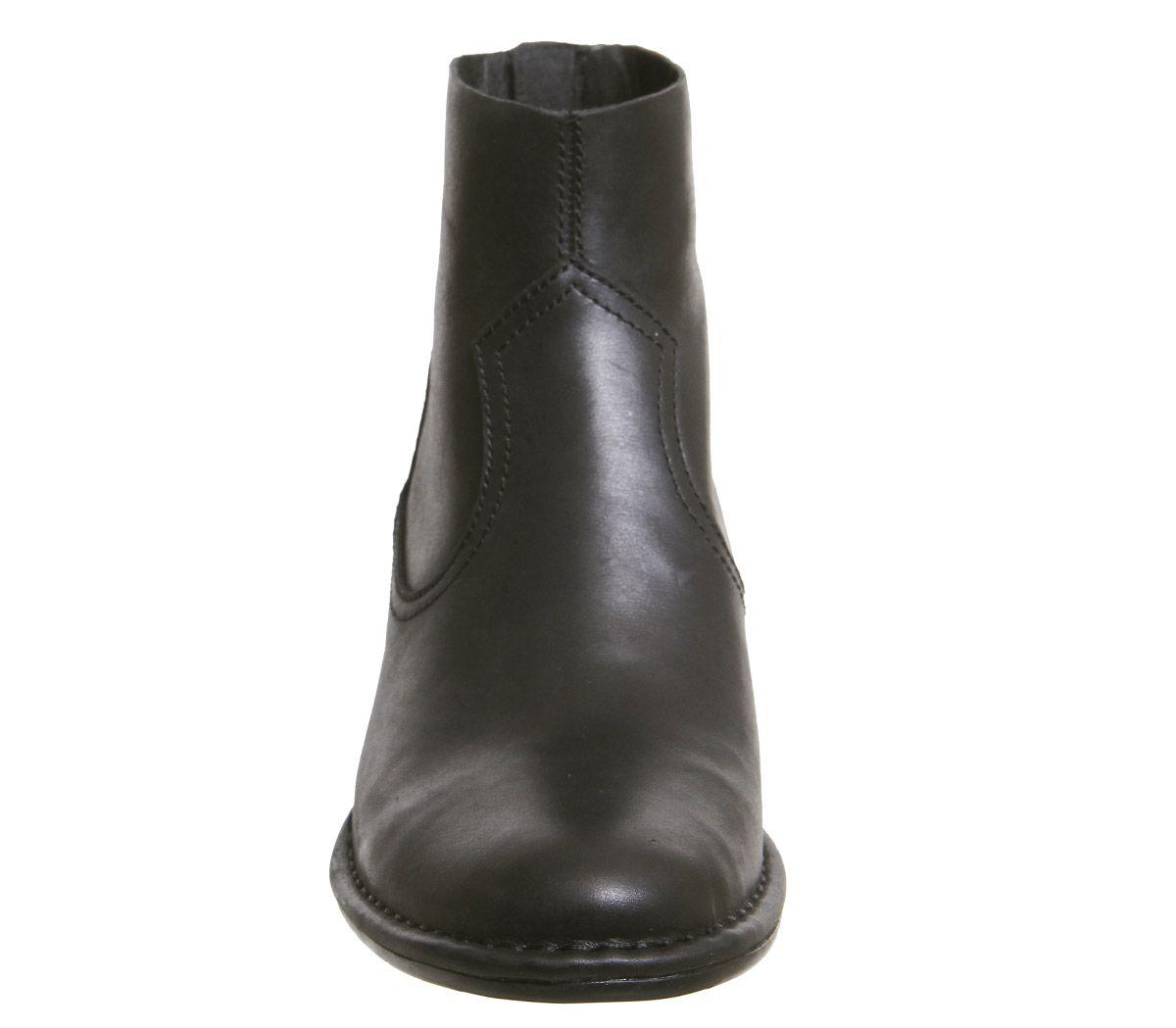 27ae5cc8b77 Bandara Ankle Boot