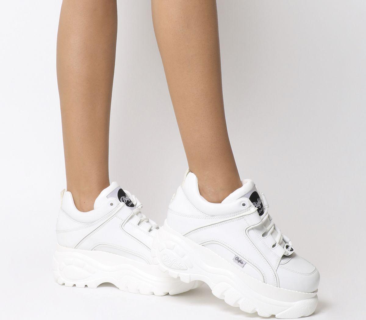 8aa34b722bca Buffalo Buffalo Classic Low Sneakers White - Hers trainers
