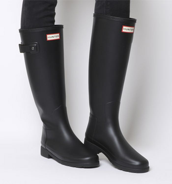 b72f9b4f3a8d Hunter Womens Original Short Gloss Wellies Black Gloss. £89.99. Quickbuy.  17-09-2018