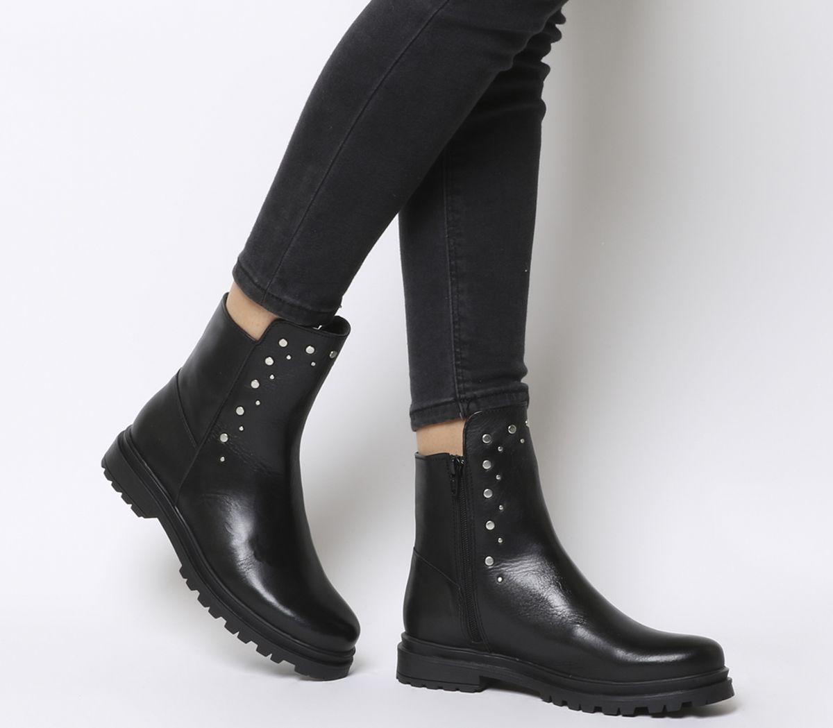 1f54efea535984 Shoe the Bear Akira Stud Boots Black - Ankle Boots