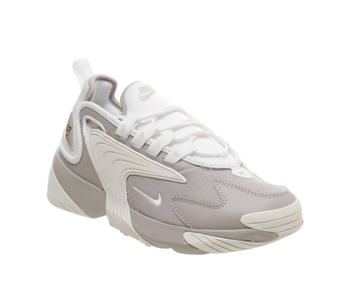 uk availability 0d115 c1bd9 Nike Zoom 2k Trainers Moon Particle Summit White F - Hers trainers