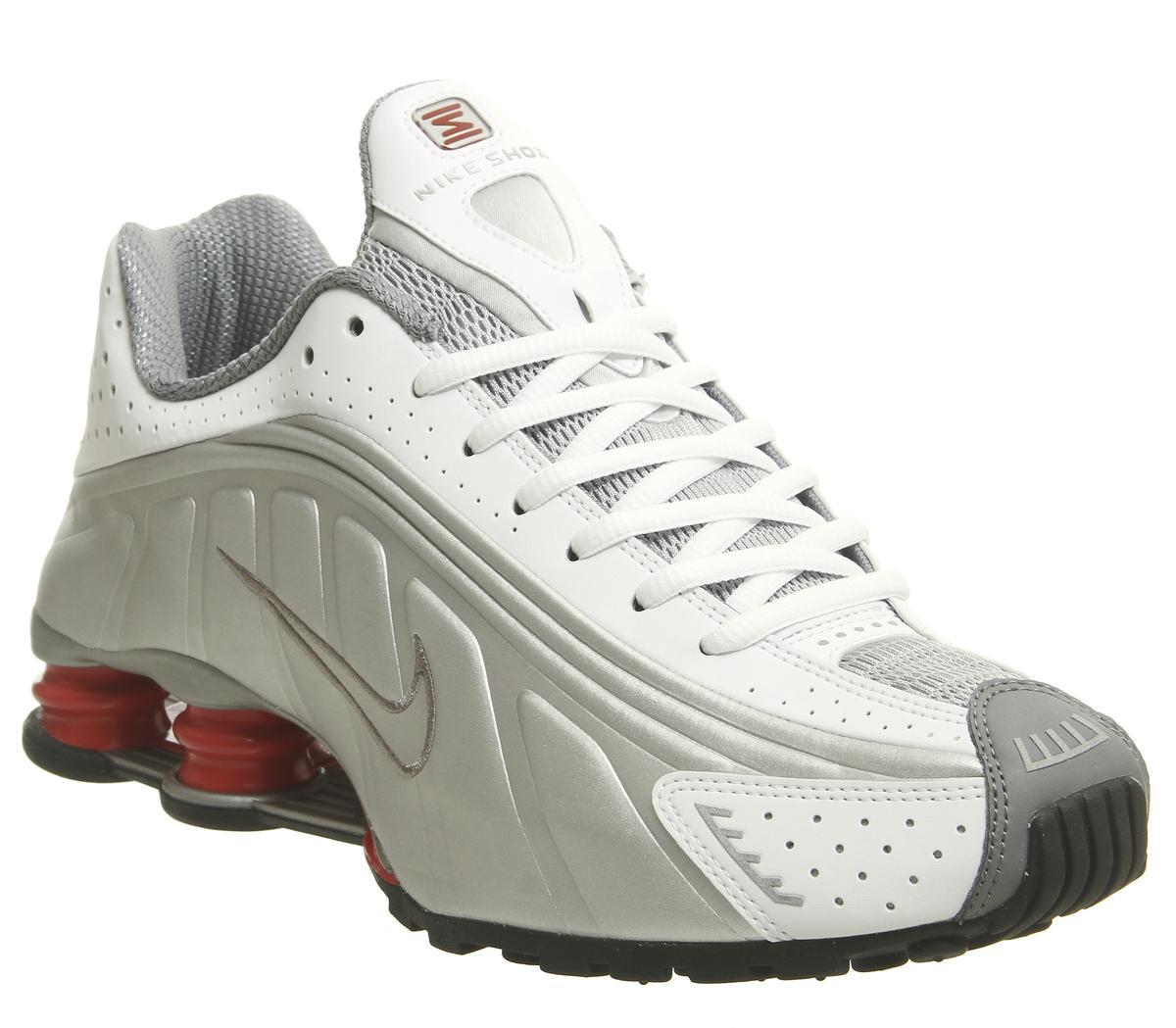 Nike Shox R4 Trainers