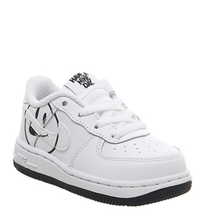 b507c7ee29 15-02-2019 · Nike Air Force 1 Lv8 Trainers White Black Smile