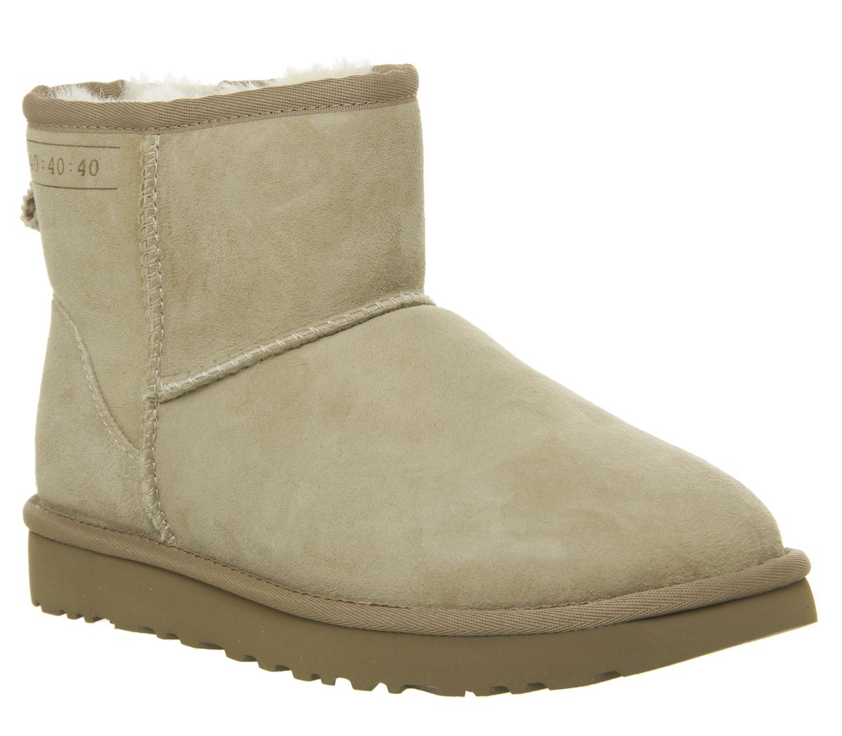 0e7ff1433bd UGG Classic Mini 40 40 40 Boots Sand - Ankle Boots