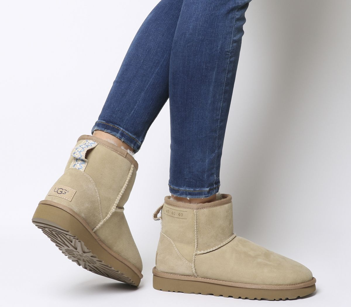 df344588a71 UGG Classic Mini 40 40 40 Boots Sand - Ankle Boots