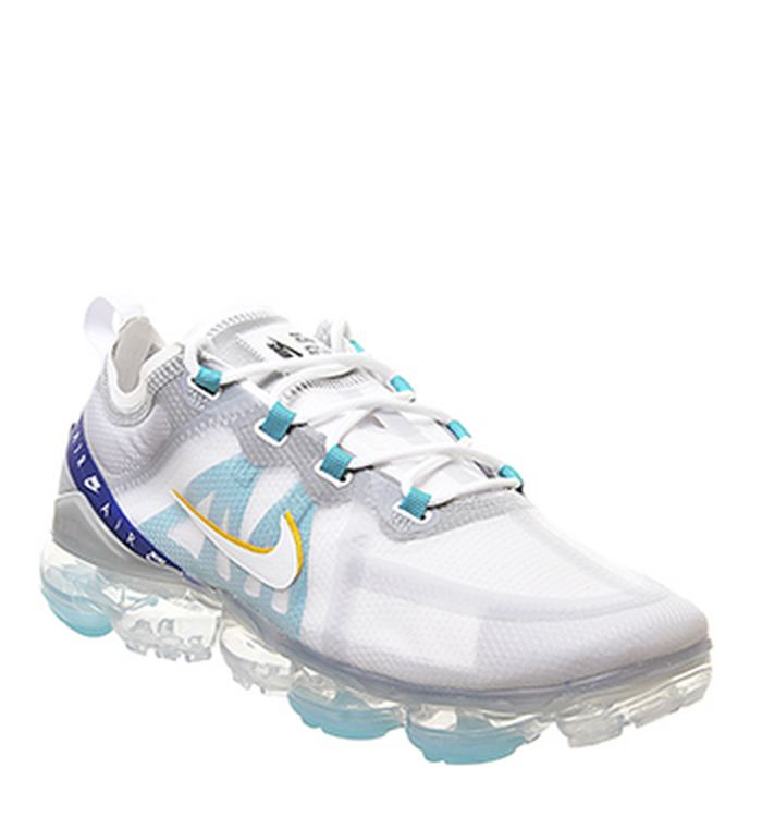 separation shoes 9aa86 819e3 05-07-2019 · Nike Air Vapormax 2019 Trainers White White University Gold ...