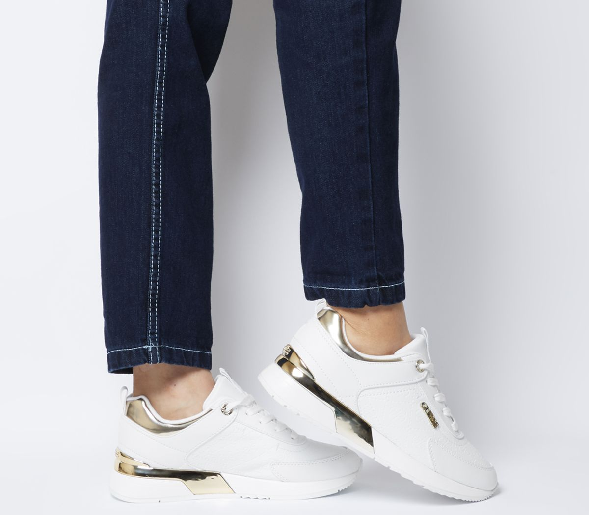 08bb692f9ef Guess Marlyn Sneakers White Gold - Flats