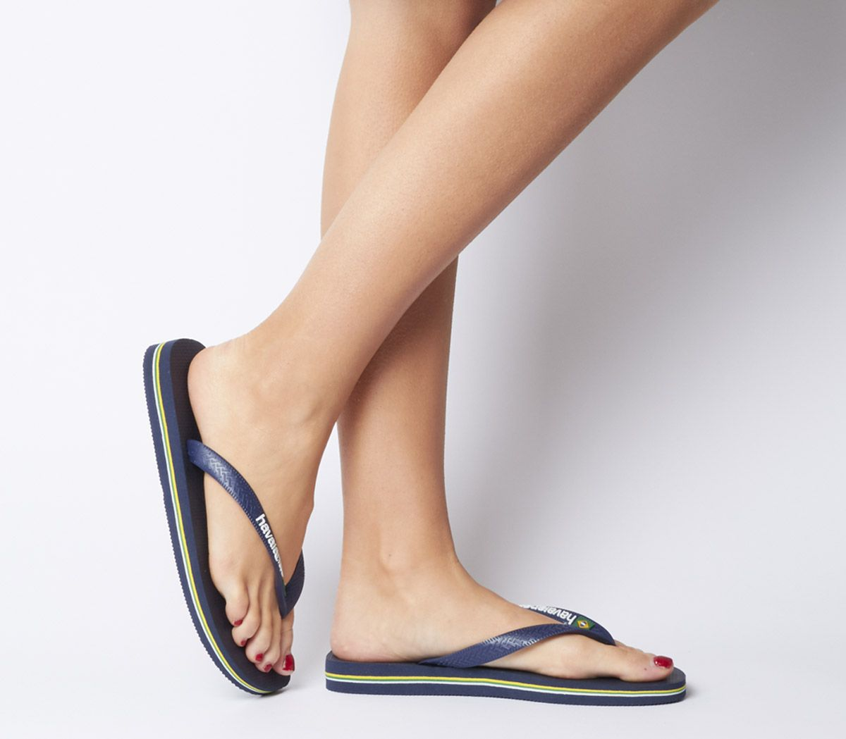 8fa12e6dfa56 Havaianas Brasil Logo Flip Flops Navy - Sandals