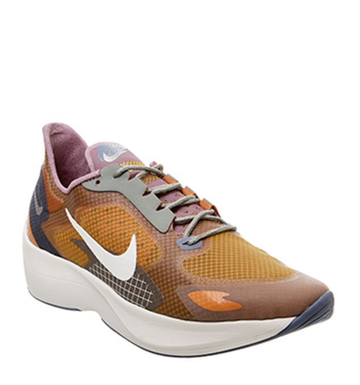 purchase cheap e7a46 83b96 Nike Sneakers   OFFSPRING