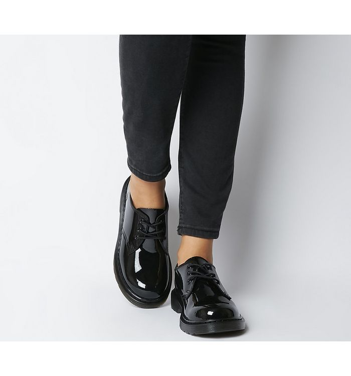 hot sales 6b24e 90485 Shoes & Footwear | Shop Online High Street Fashion Shoes ...