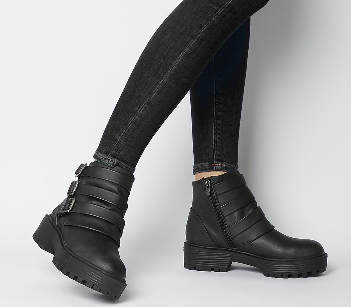 Eaumont Boots