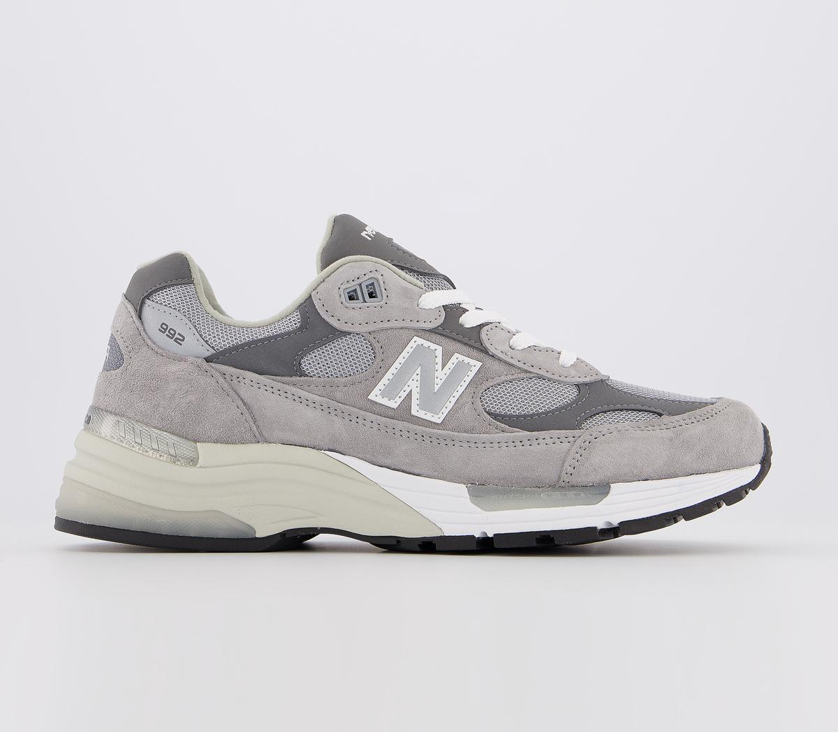 992 Trainers