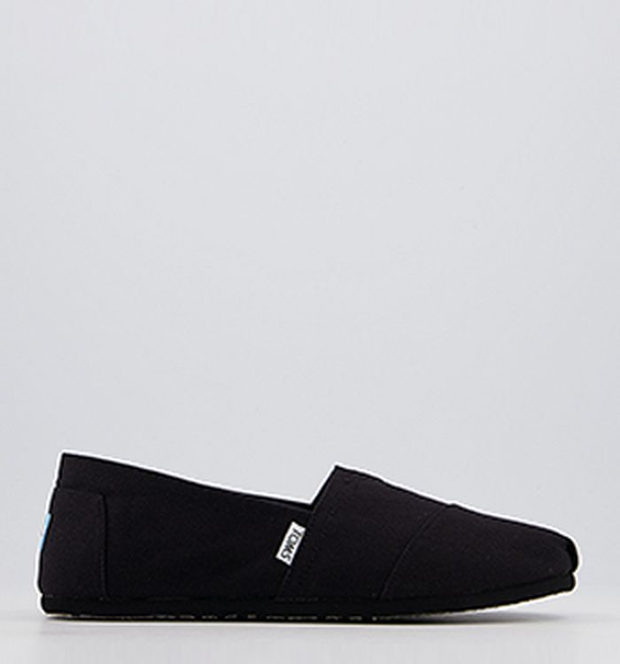 ee14a370e Toms Classic Slip Ons Navy Canvas. £35.99. Quickbuy. 14-12-2012