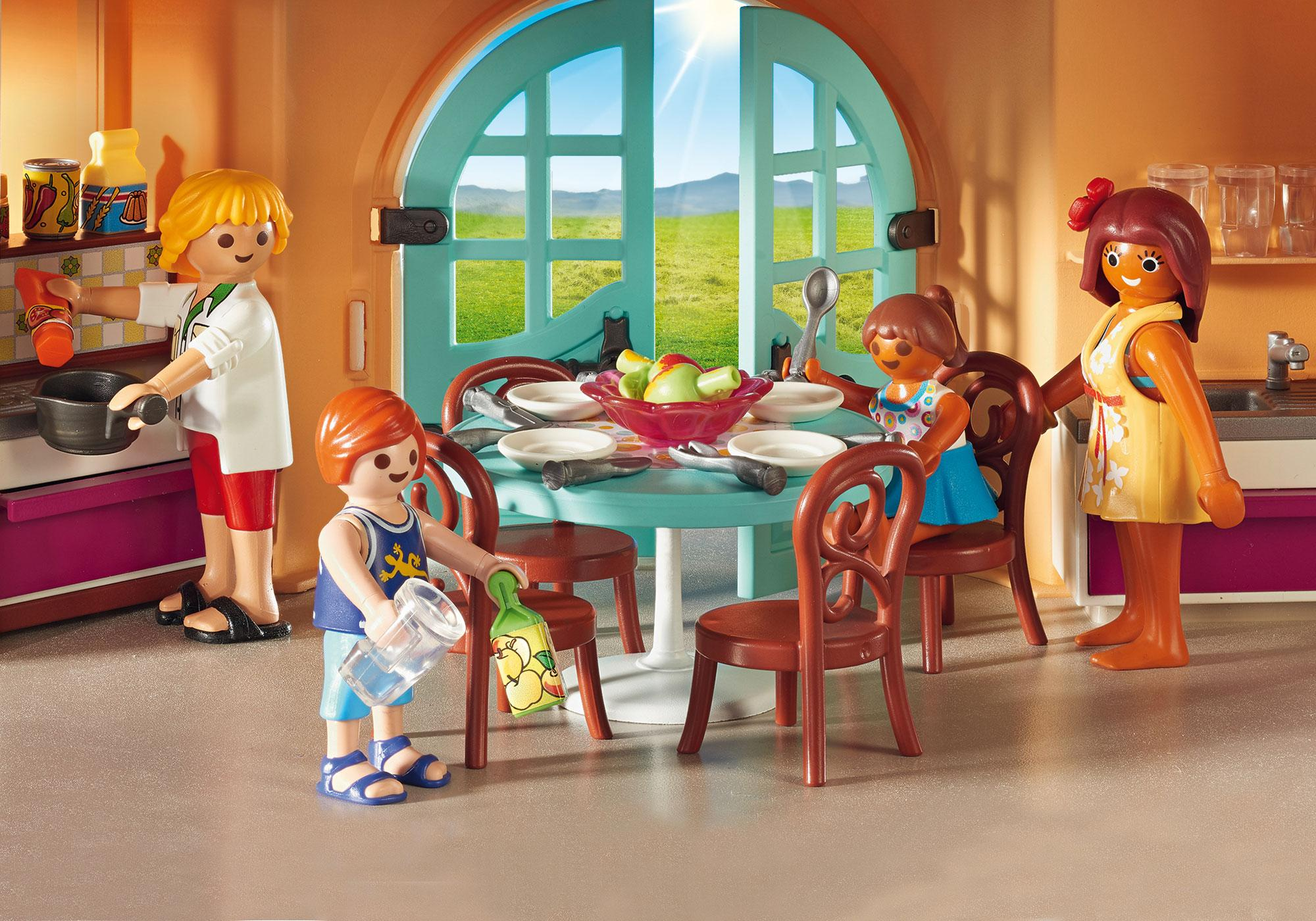 http://media.playmobil.com/i/playmobil/9420_product_extra1
