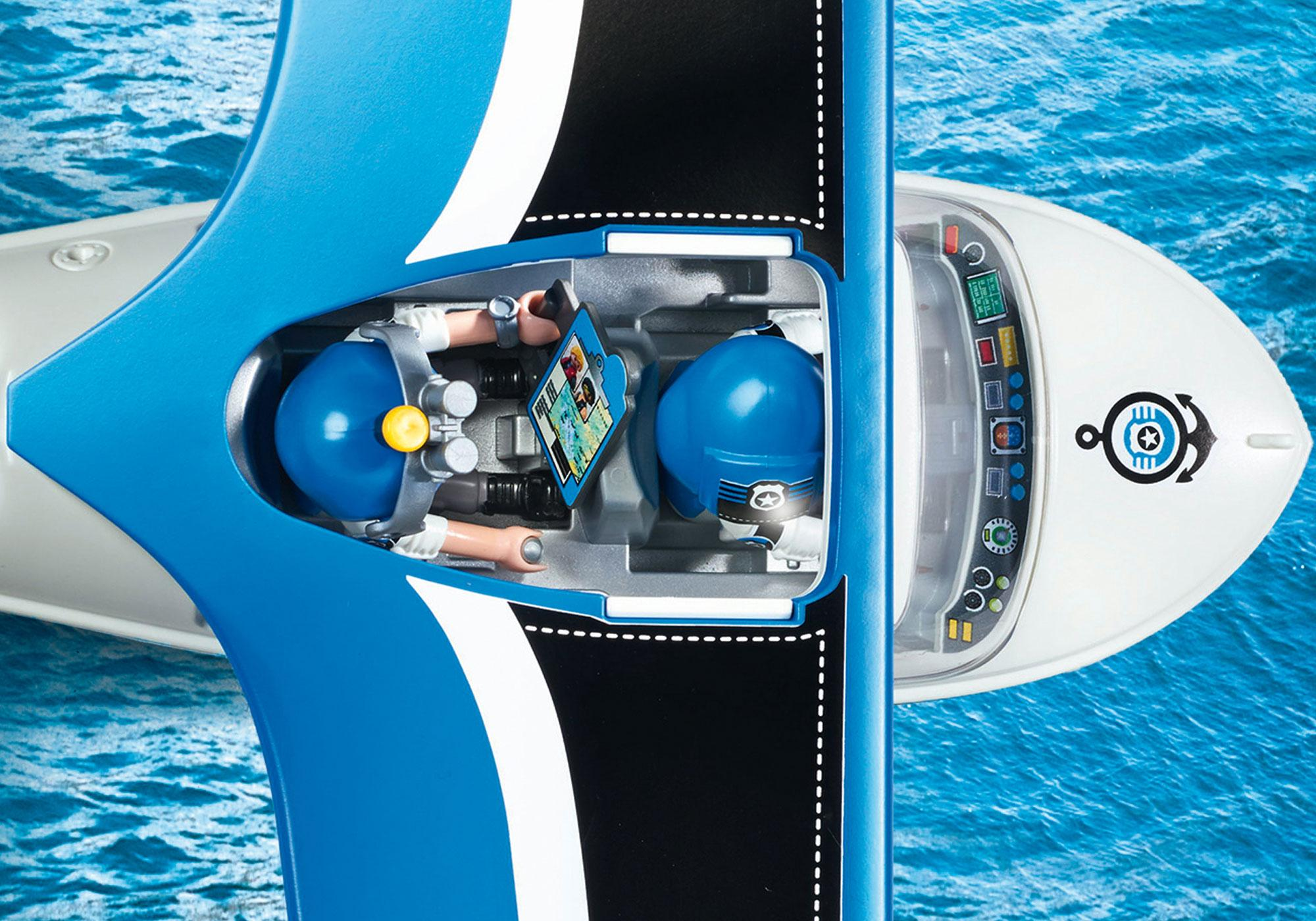 http://media.playmobil.com/i/playmobil/9436_product_extra3