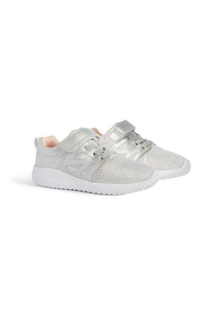 Silberne Sneaker (kleine Mädchen)