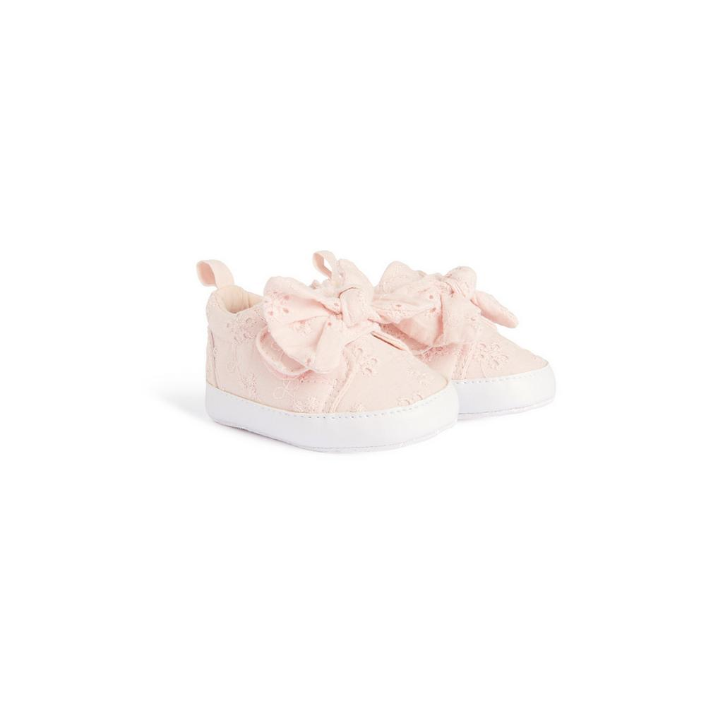 baby-girl-broderie-bow-pump by primark